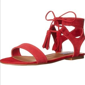 NWT red Steve Madden lace up tassel sandals sz 6